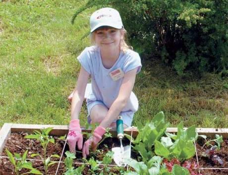 NH-MA11-child-small-garden